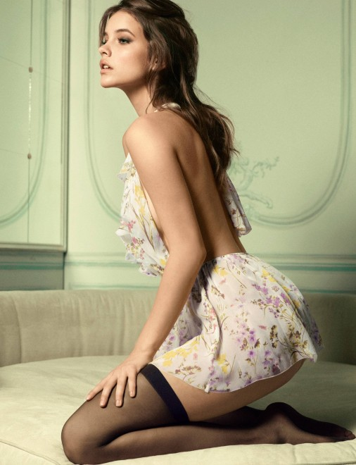 Mỹ nhân Alexandra Daddario tái hợp The Rock sau 'Khe nứt'