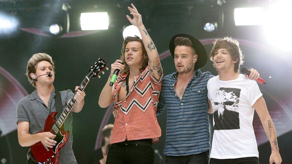 One Direction viết về thành viên cũ trong 'History'?