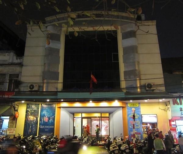 Rạp Dân Chủ đóng cửa sau hơn nửa thế kỷ gắn bó với Thủ đô