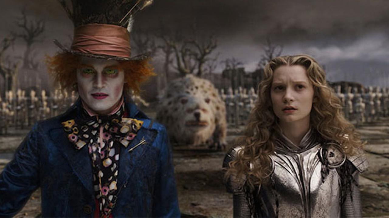 'Alice Through the Looking Glass' nhá hàng đoạn teaser đầu tiên