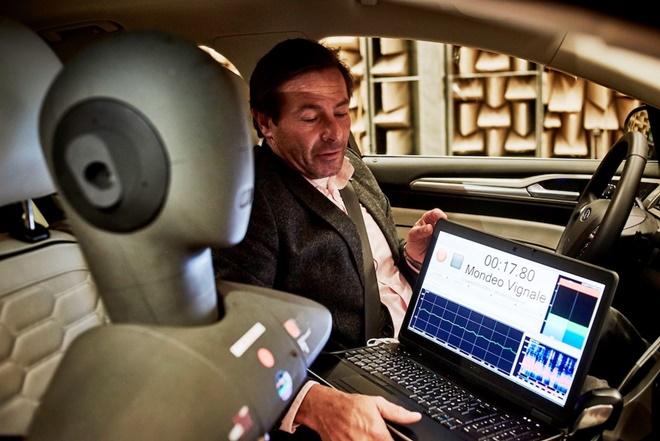 Ô tô Ford sẽ có công nghệ khử ồn tương tự tai nghe Noise Canceling