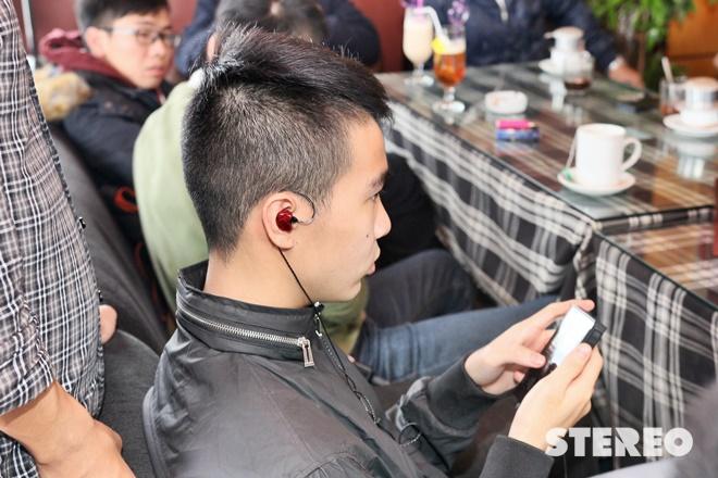 Sôi động offline trải nghiệm tai nghe Earsonics tại Hà Nội
