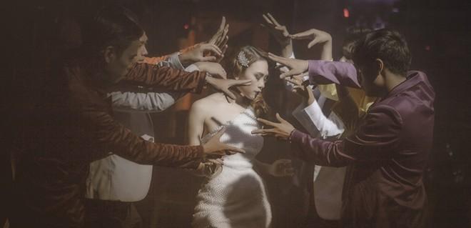 """Mỹ Tâm tạo dấu ấn riêng với MV """"Thứ tha"""""""