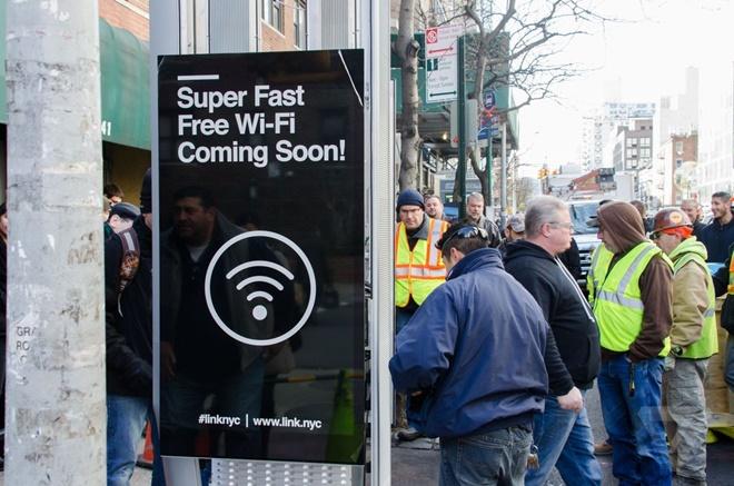 New York thay thế ĐT công cộng bằng trạm Wi-Fi và tablet Android miễn phí 24/7