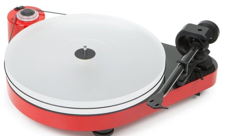 Pro-Ject giới thiệu mâm đĩa nhựa RPM 5 Carbon