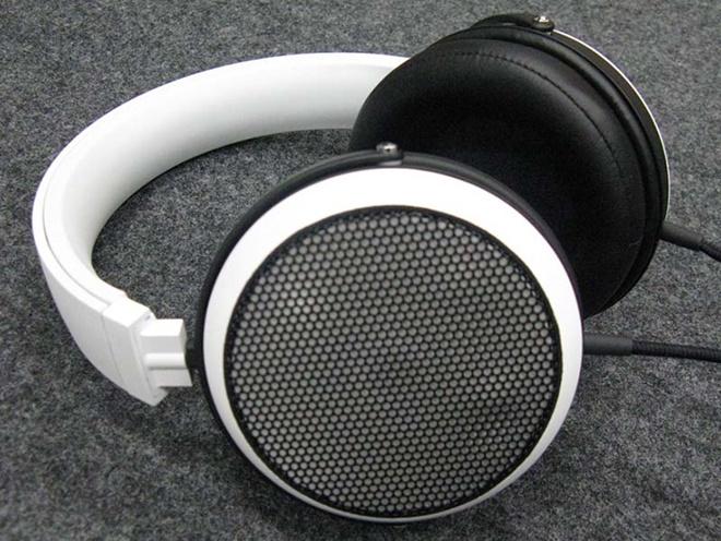 Onkyo ra mắt driver màng magie cho tai nghe, thương mại hóa đầu năm 2016