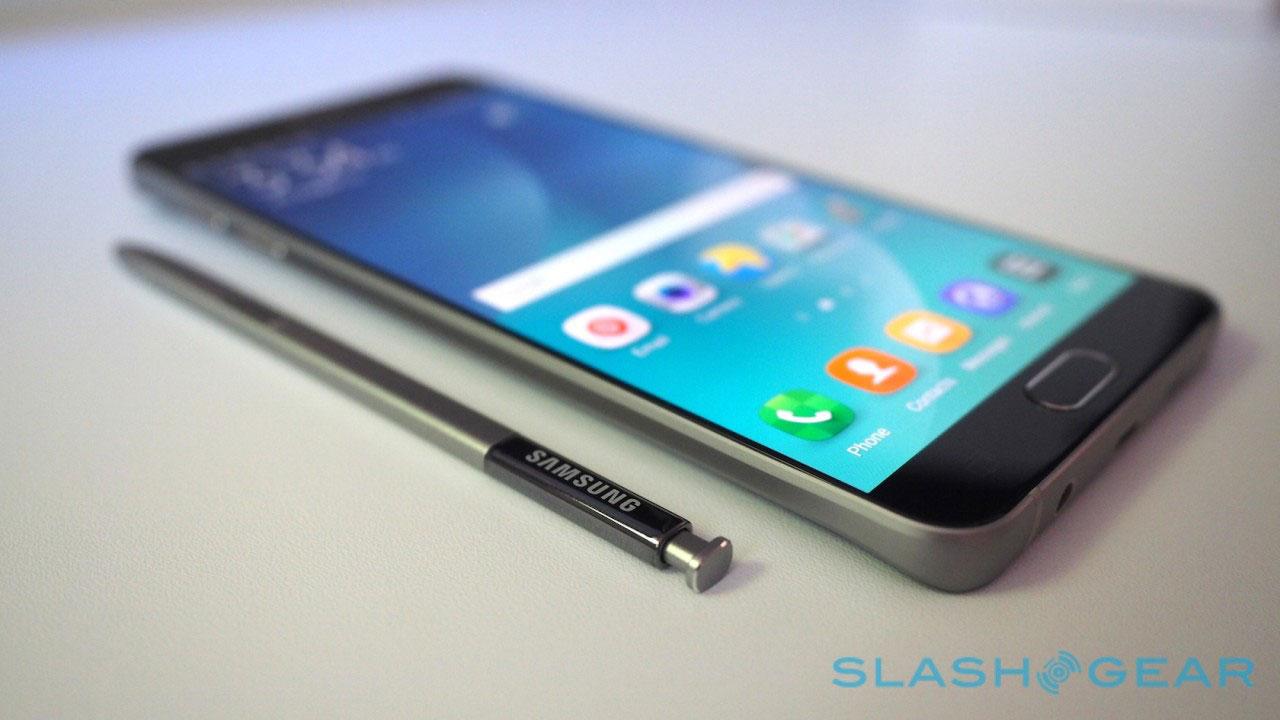 Reuters: Samsung thú nhận không có chuyên môn về phần mềm