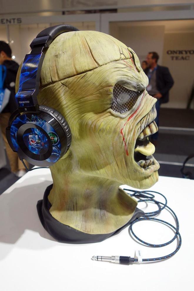 Onkyo chính thức bán headphone dành cho dân nghiện rock nặng