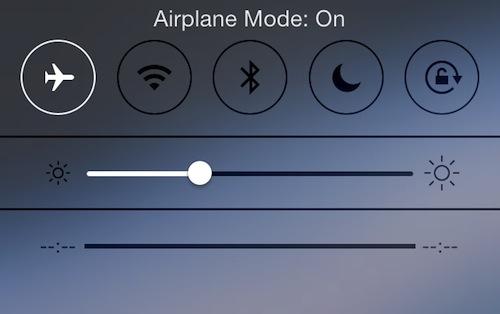 Những mẹo siêu đơn giản để sạc iPhone nhanh hơn