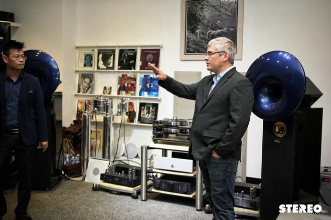 Đến Công Audio để nghe câu chuyện về mâm đĩa nhựa Kronos