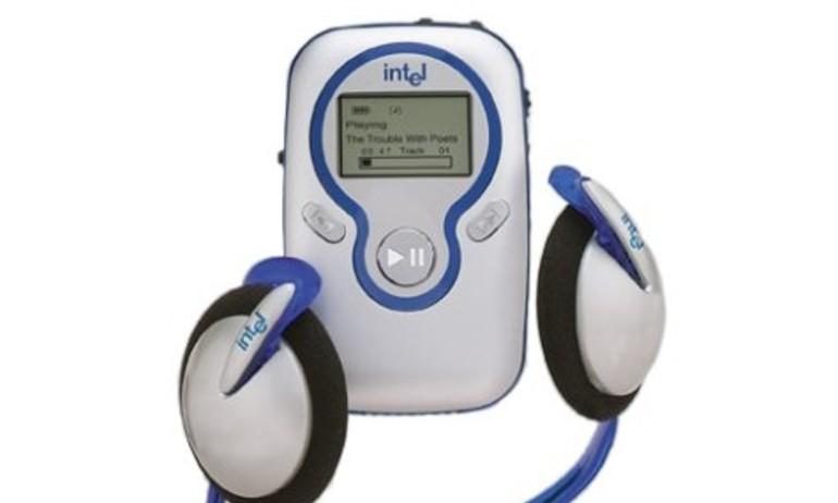 Nhìn lại lịch sử: Intel ra mắt máy nghe nhạc đầu tiên cách đây 15 năm