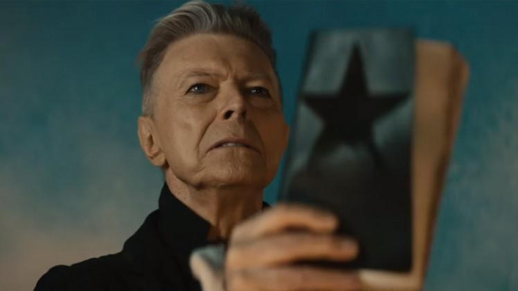 Người hùng âm nhạc thế giới David Bowie đã qua đời