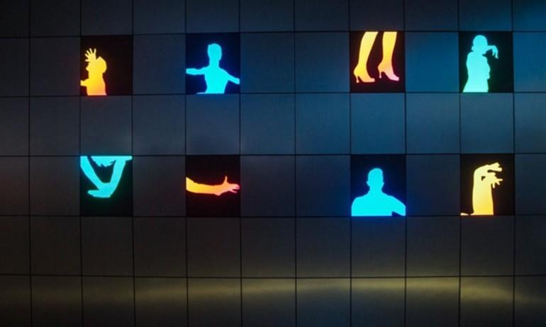 [CES 2016] Samsung ra mắt TV độc đáo, tự chia nhỏ thành 8 màn hình