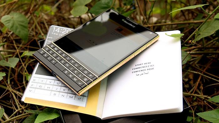 CEO John Chen: Chúng tôi sẽ không bỏ rơi Blackberry OS