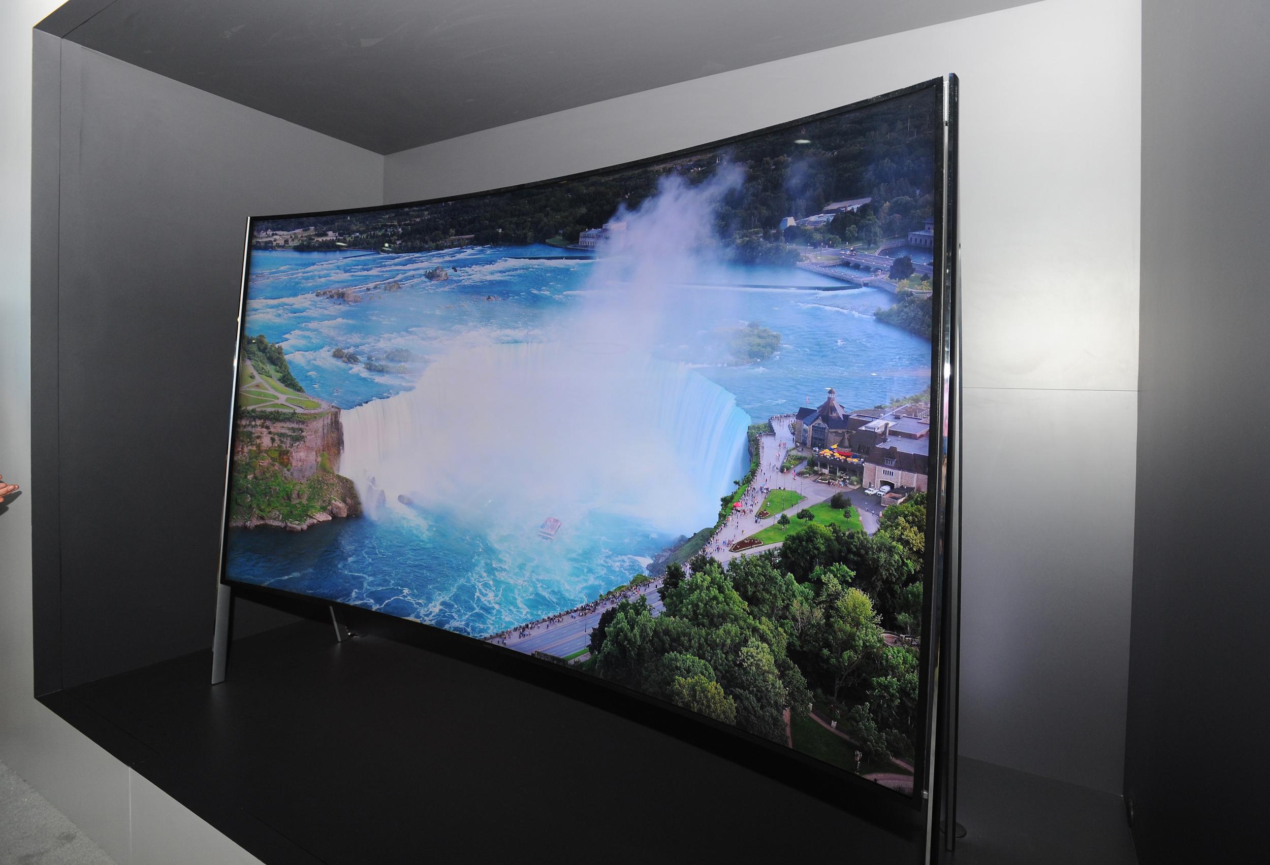 [CES 2016] Cuộc đổ bộ của loạt TV 8K từ Samsung và LG