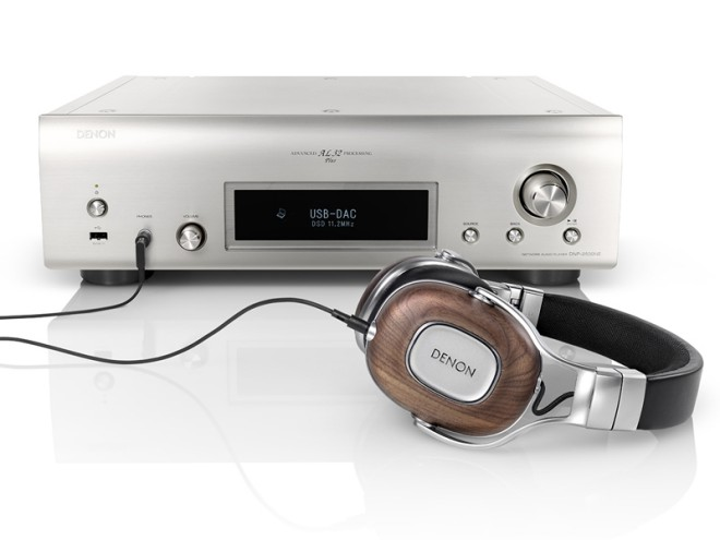 Denon ra mắt DNP-2500NE, Network Player tích hợp digital headamp