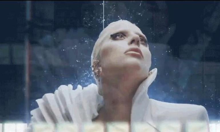 Lady Gaga bắt tay Intel cho màn biểu diễn bí ẩn tại Grammy 2016
