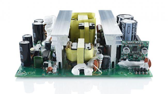 [CES 2016] Naim ra mắt loa không dây Mu-so Qb: hình hộp, 5 driver, giá rẻ hơn