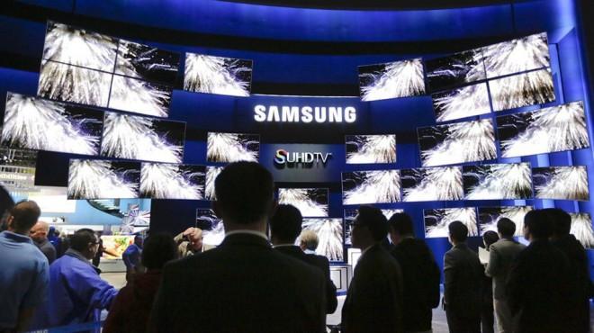 """[Bên lề CES 2016] Samsung đang muốn """"bỏ rơi"""" OLED TV ?"""