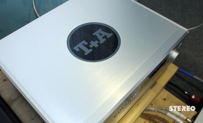 Ampli tích hợp T+A PA 2500 R