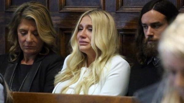 Kesha suy sụp vì thua kiện kẻ lạm dụng tình dục