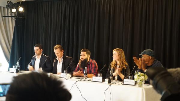 Tom Hiddleston hoàn thành ước mơ đến Việt Nam
