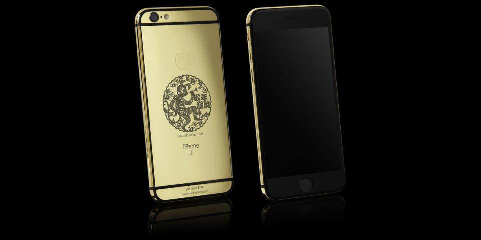 Ngắm iPhone 6S mạ vàng 24K, khắc laser đón chào năm Khỉ