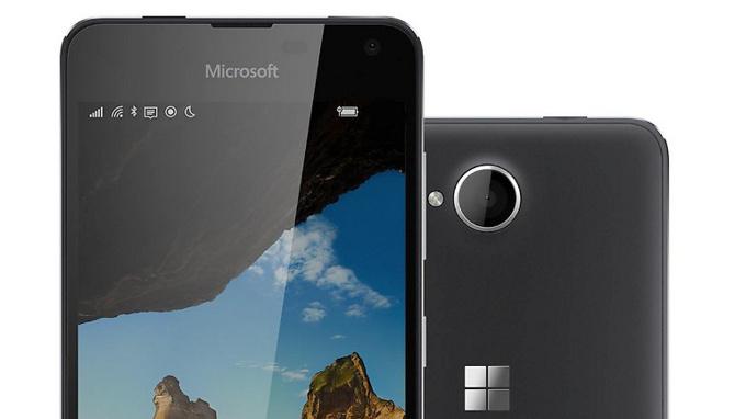 Microsoft ra mắt Lumia 650: Đẹp, cấu hình thấp, giá cao