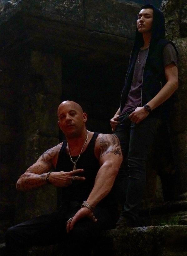 """""""xXx 3"""" của Vin Diesel """"thay máu"""" dàn diễn viên"""