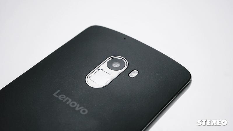 Lenovo A7010: Cảm biến vân tay, loa ngoài ấn tượng