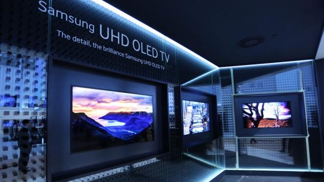 Samsung vẫn phát triển TV OLED, nhưng thị trường chưa chấp nhận