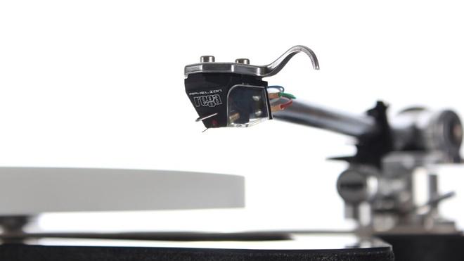 Rega giới thiệu cartridge Aphelion: dùng thiết kế MC thế hệ 3
