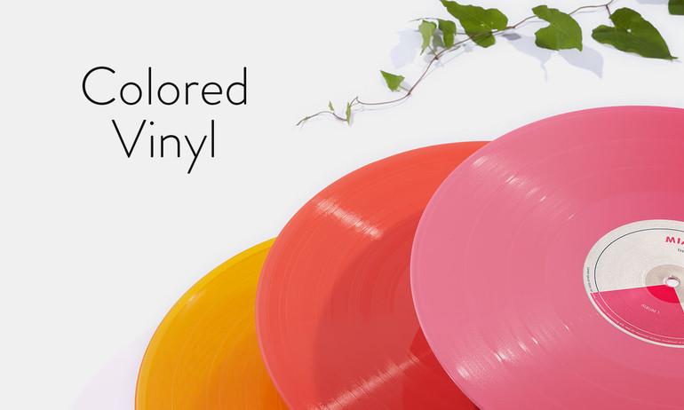 """Muốn """"hồi sinh"""" đĩa nhựa, công ty này chi 1 triệu USD cho nhà máy sản xuất mới"""