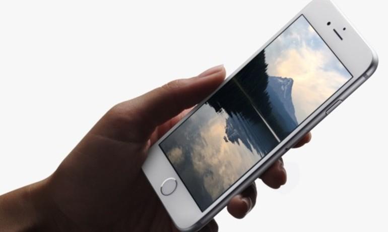 Samsung chi hơn 300 triệu USD cho màn hình OLED trên iPhone