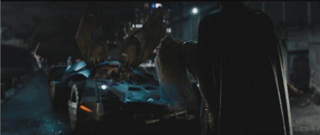"""Batman xuất hiện trong trailer mới của """"Biệt đội cảm tử"""""""