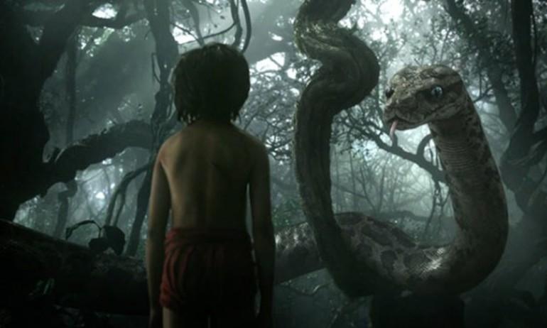 """Run rẩy với hội thoại của """"Cậu bé rừng xanh"""" và trăn Kaa"""