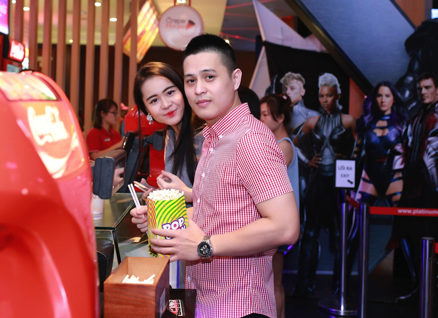 Dàn hot boy, hot girl tung tăng dự công chiếu Criminal tại Platinum Cineplex