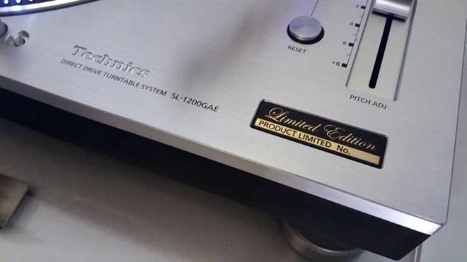 Mâm đĩa nhựa Technics SL-1200GAE cháy hàng trong 30 phút