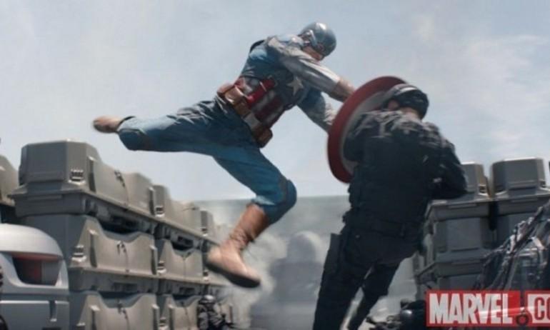 """Các bộ phim dẹp đường cho """"Captain America: Civil War"""" giữ ngôi đầu"""