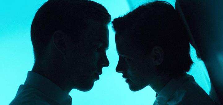 Chìm đắm cảm xúc tình yêu cùng Kristen Stewart và Nicholas Hoult