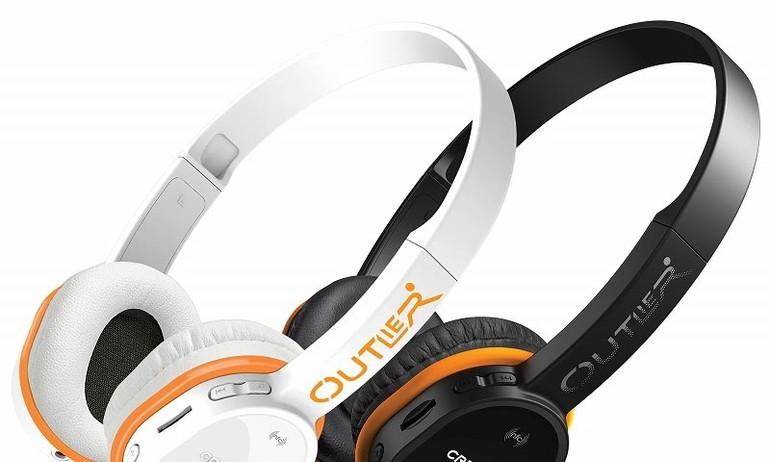 Creative Outlier – tai nghe Bluetooth kiêm DAP gọn nhẹ, giá 2,7 triệu đồng