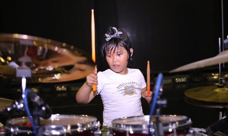 Nguyễn Trọng Nhân khiến Rocker quốc tế nể phục
