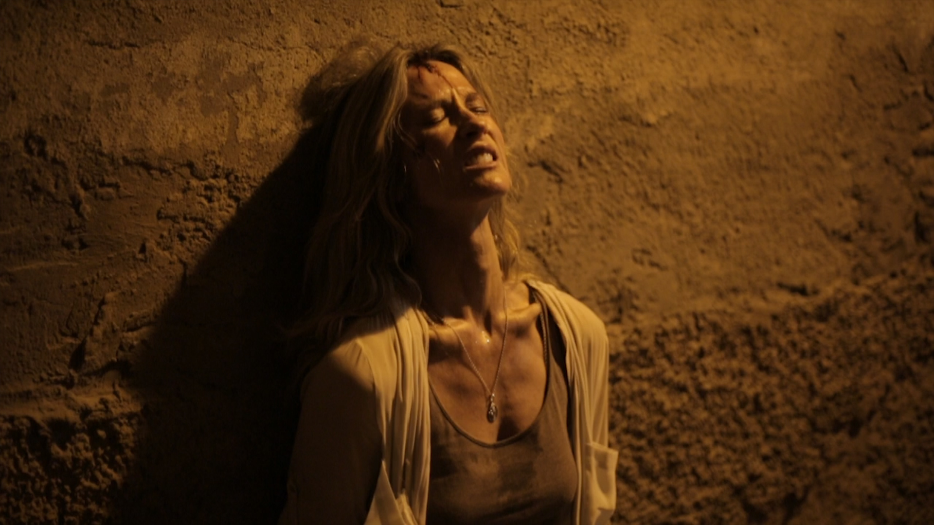 "Phim về bắt cóc trẻ em ""Never Let Go"" tung trailer kịch tính"