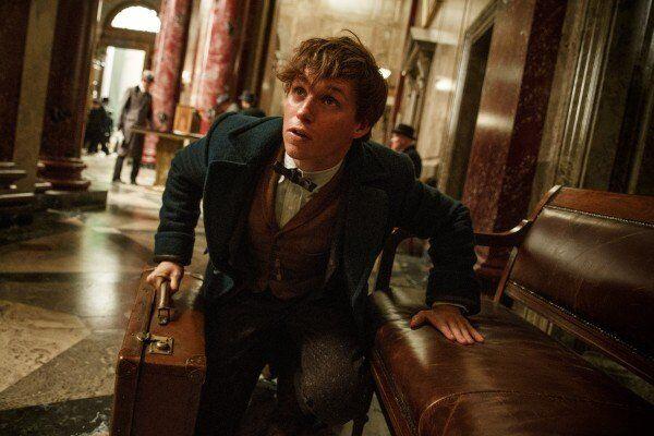 """Bật mí về nhân vật khiến """"mẹ đẻ"""" Harry Potter thích thú"""
