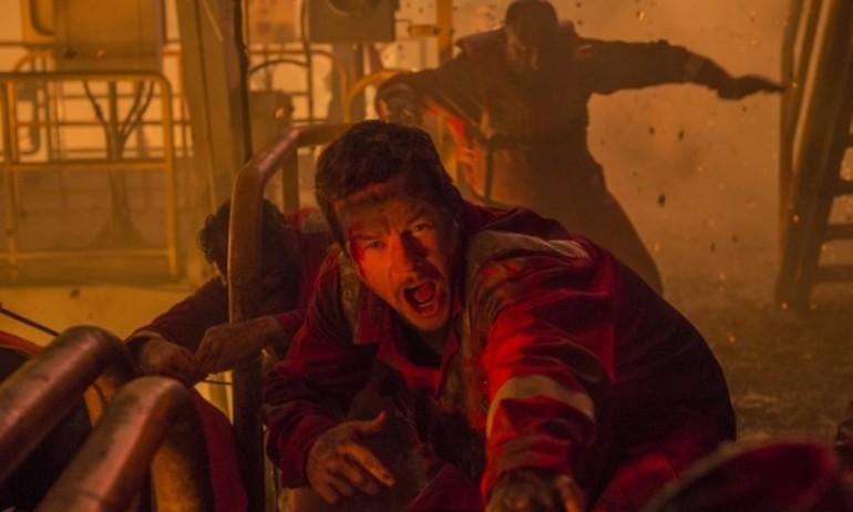 """Bên trong vụ nổ giàn khoan thảm khốc của """"Deepwater Horizon"""""""