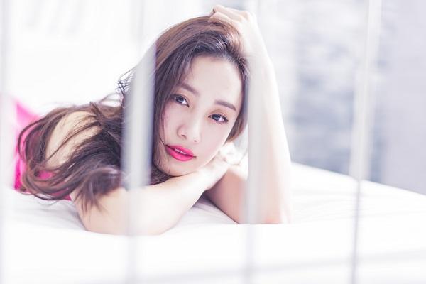 """Mang ngôn tình Việt lên màn ảnh cùng Jun Vũ và hot boy """"bánh giò"""""""