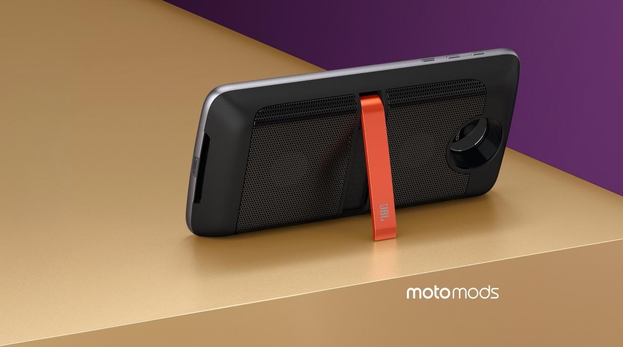 Thỏa sức nâng cấp phần cứng với Moto Z mới từ Lenovo