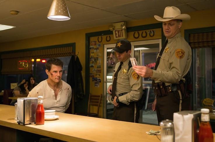 """Tom Cruise tiên đoán như thần trong """"Jack Reacher: Không Quay Đầu"""""""