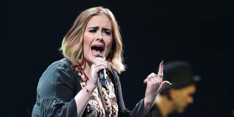 Adele cháy hết mình với hàng trăm nghìn fan tại Glastonbury