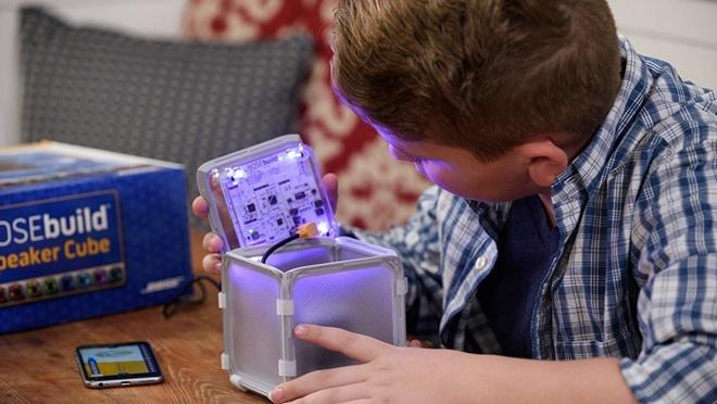 BOSEbuild: bộ dụng cụ học làm loa, điện tử cho trẻ em, giá 149USD
